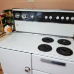 cleaning an old oven 01452404600